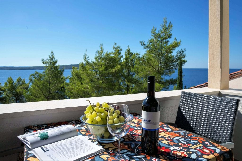 Zavala 222 B1 perfact holiday a sea view and your favorite book