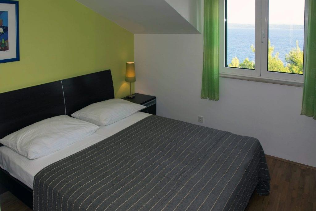 Zavala 222 C2 double room and sea view
